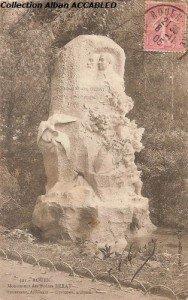Monument Freres Berat